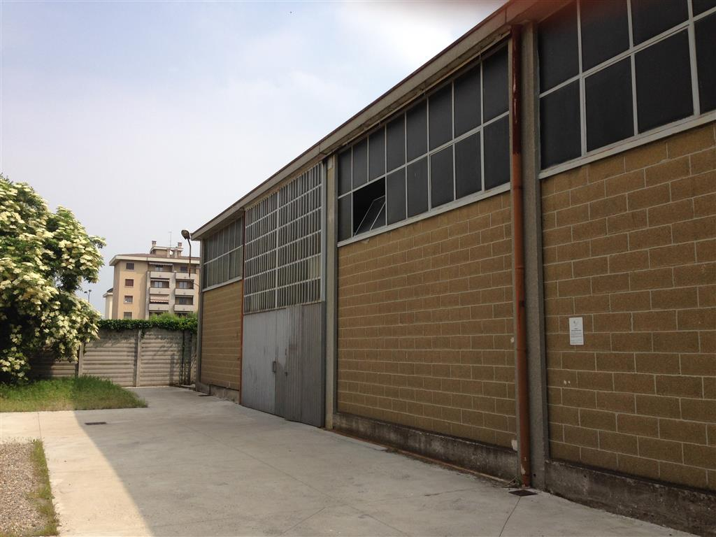Magazzino in Vendita a Piacenza