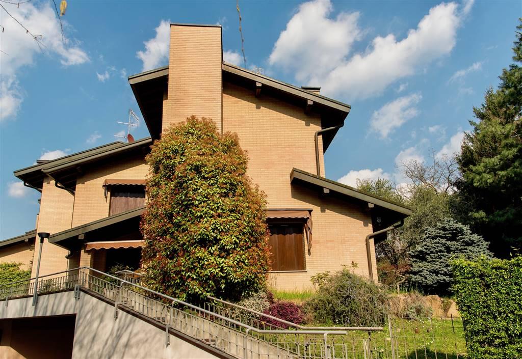 Villa-Villetta  in Affitto a Varese