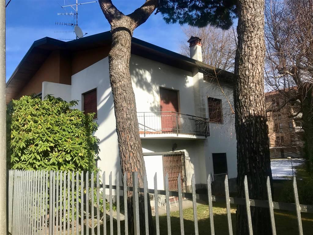 Villa-Villetta  in Vendita a Varese