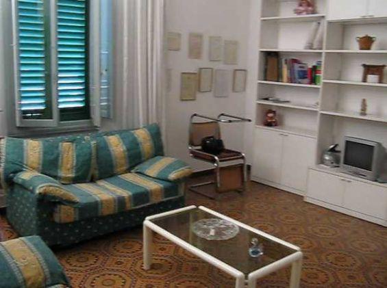 Appartamento in vendita a Lastra a Signa, 5 locali, prezzo € 152.000 | Cambio Casa.it