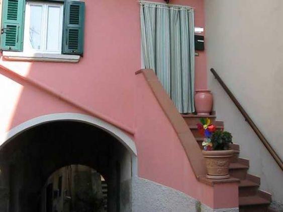 Soluzione Indipendente in vendita a Lastra a Signa, 4 locali, zona Zona: Porto di Mezzo, prezzo € 175.000 | CambioCasa.it