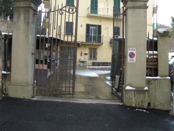 Laboratorio in vendita a Lastra a Signa, 9999 locali, prezzo € 250.000 | CambioCasa.it