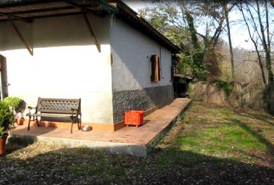 Villa in vendita a Lastra a Signa, 5 locali, zona Zona: Brucianesi, prezzo € 280.000 | Cambio Casa.it