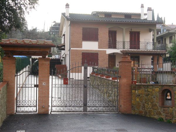 Villa Bifamiliare in Vendita a Montelupo Fiorentino