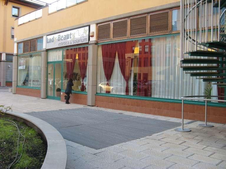 Attività / Licenza in vendita a Firenze, 2 locali, zona Zona: 3 . Il Lippi, Novoli, Barsanti, Firenze Nord, Firenze Nova, prezzo € 55.000 | CambioCasa.it