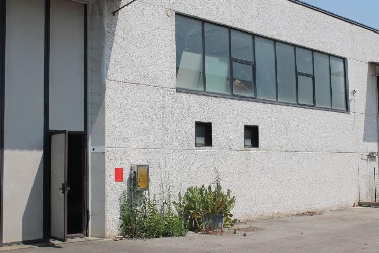 Capannone in affitto a Carmignano, 1 locali, zona Zona: Comeana, prezzo € 1.900 | CambioCasa.it