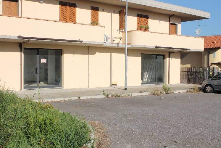 Immobile Commerciale in Affitto a Carmignano