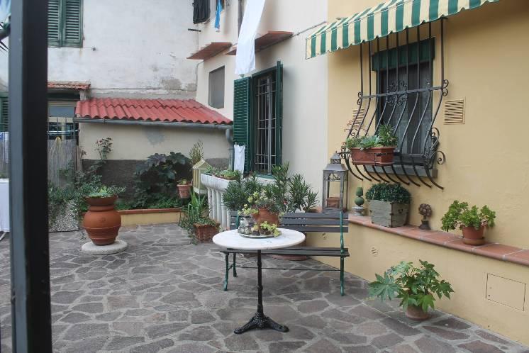 Soluzione Indipendente in vendita a Carmignano, 5 locali, prezzo € 370.000 | Cambio Casa.it