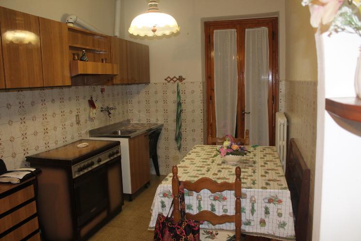Appartamento in vendita a Montespertoli, 5 locali, prezzo € 169.000 | CambioCasa.it
