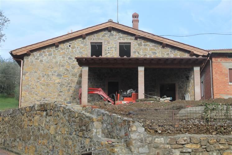 Villa in vendita a Quarrata, 5 locali, prezzo € 390.000 | Cambiocasa.it
