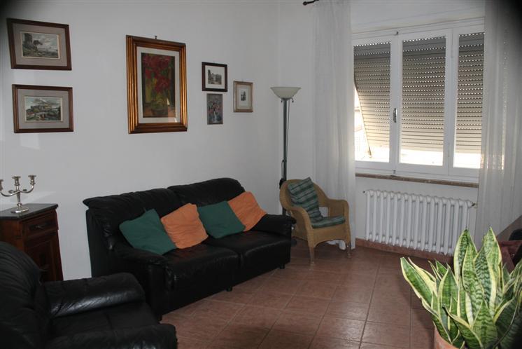 Appartamento in vendita a Lastra a Signa, 4 locali, Trattative riservate | Cambio Casa.it