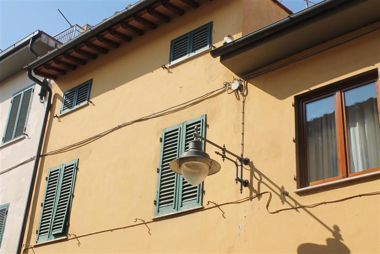 Soluzione Indipendente in vendita a Campi Bisenzio, 3 locali, zona Zona: San Donnino, prezzo € 165.000 | Cambio Casa.it