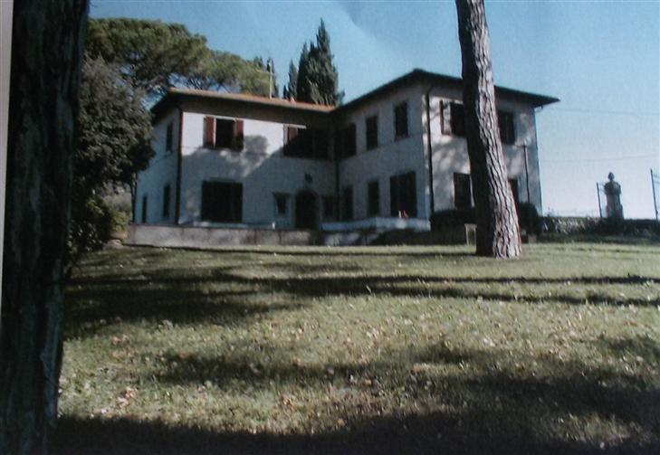 Villa in vendita a Montespertoli, 14 locali, Trattative riservate | Cambio Casa.it