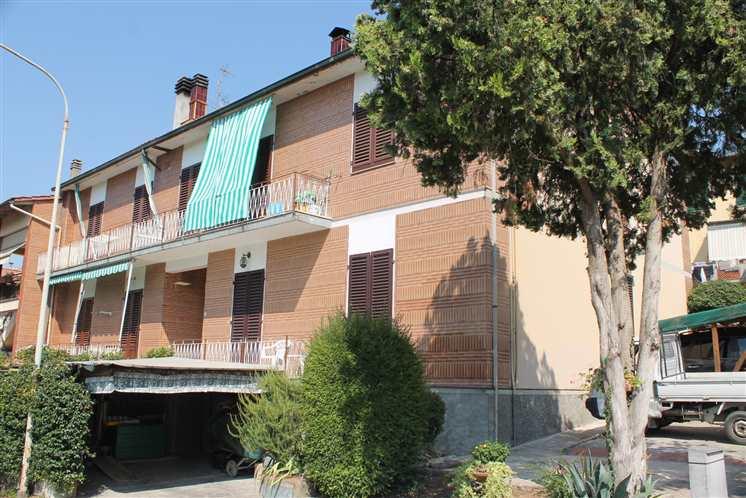 Soluzione Indipendente in vendita a Lastra a Signa, 4 locali, Trattative riservate | Cambio Casa.it