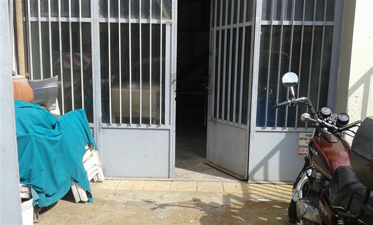 Laboratorio in vendita a Signa, 2 locali, prezzo € 85.000 | CambioCasa.it