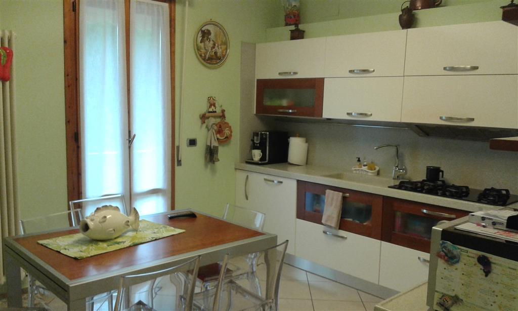 Appartamento in vendita a Signa, 4 locali, prezzo € 240.000 | Cambio Casa.it