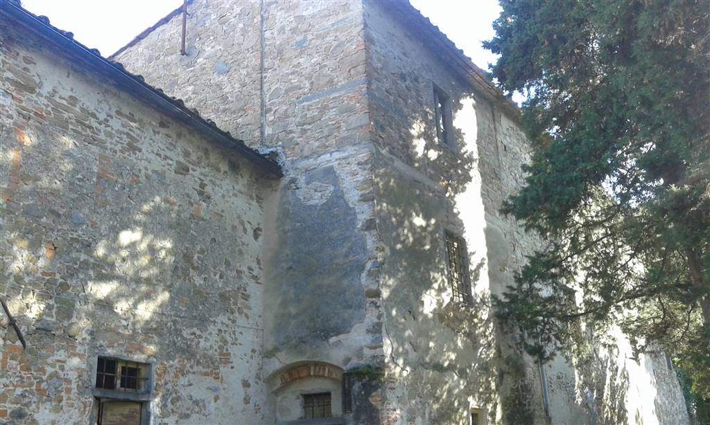 Soluzione Indipendente in vendita a Carmignano, 10 locali, prezzo € 400.000 | Cambio Casa.it
