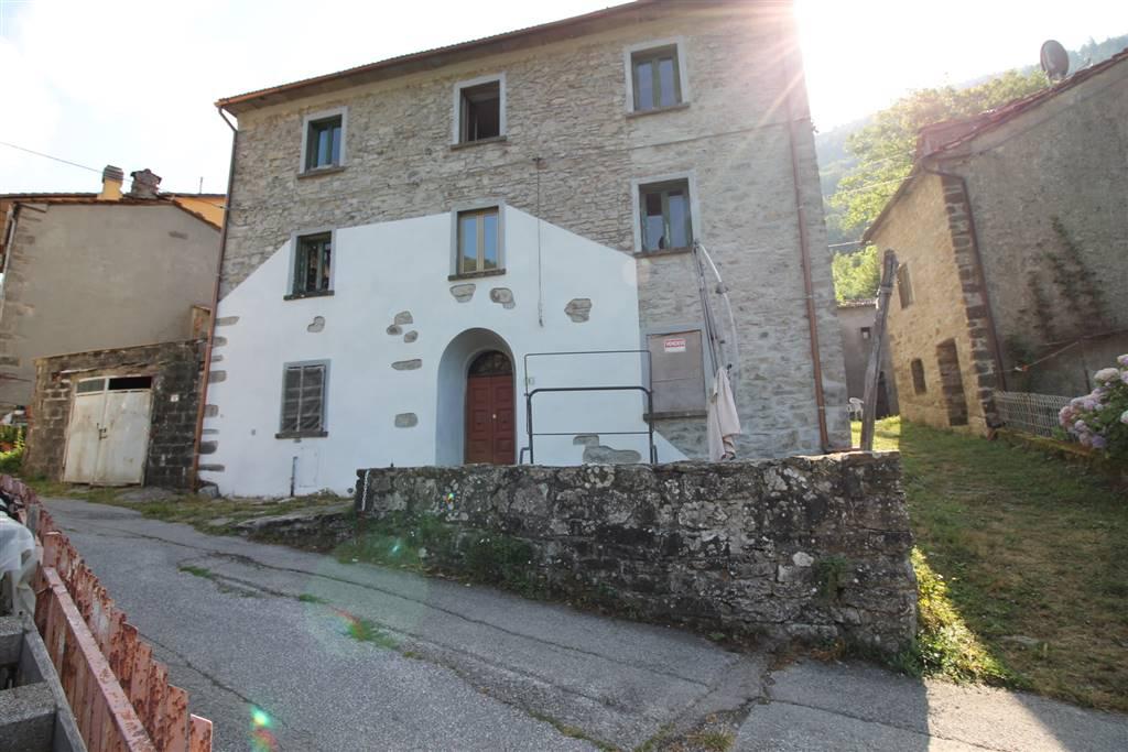 Soluzione Indipendente in vendita a Sambuca Pistoiese, 11 locali, prezzo € 60.000 | Cambio Casa.it