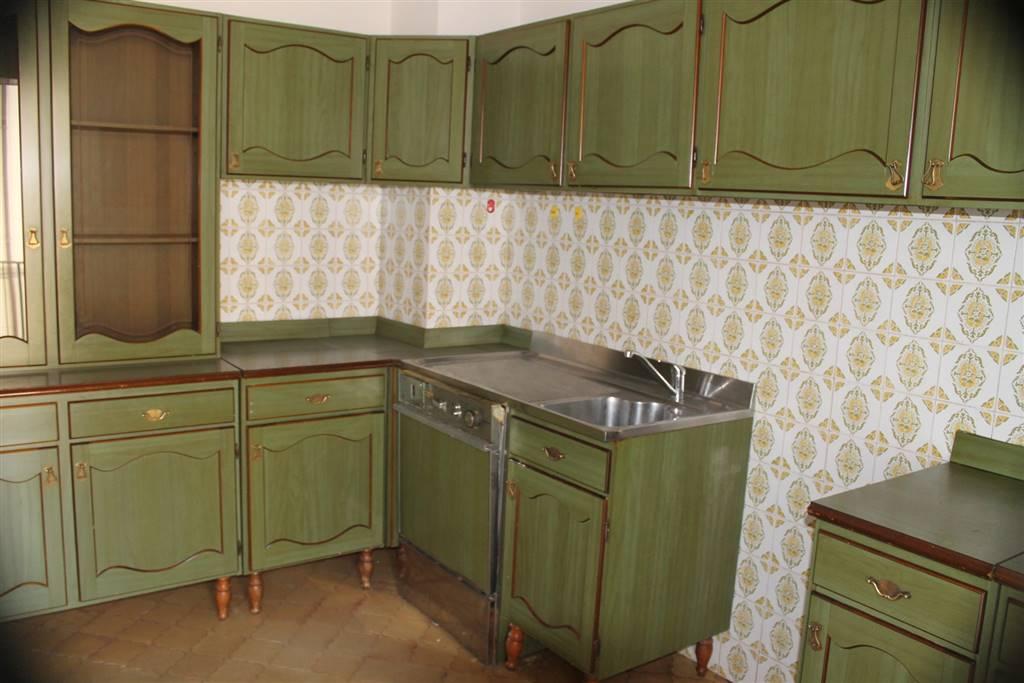 Appartamento in vendita a Lastra a Signa, 4 locali, prezzo € 175.000 | Cambio Casa.it