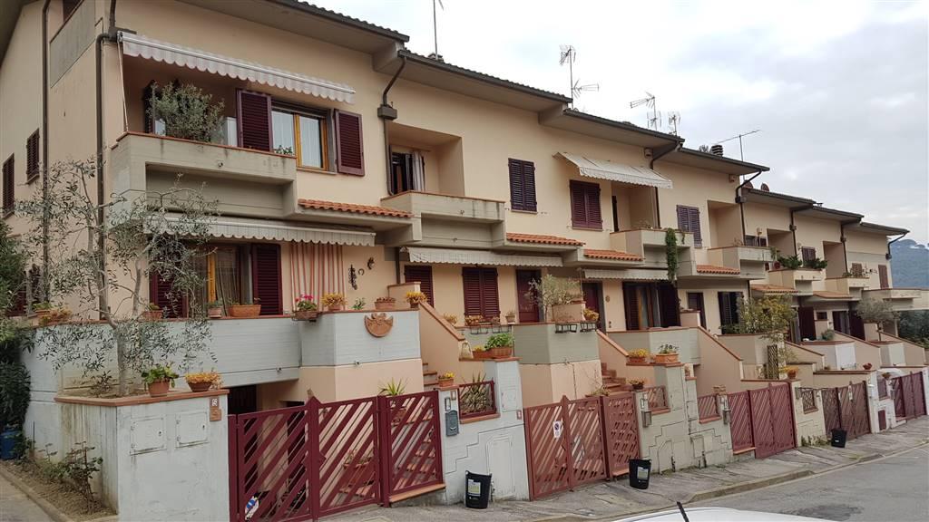 Soluzione Indipendente in vendita a Carmignano, 3 locali, zona Zona: Poggio alla Malva, prezzo € 150.000 | Cambio Casa.it