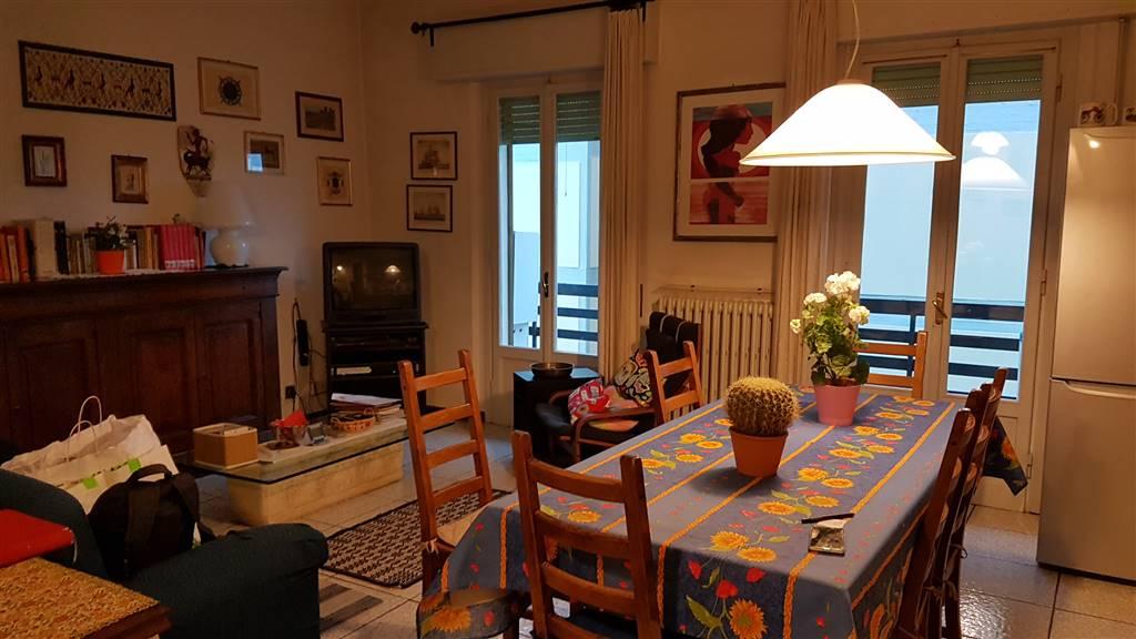 Appartamento in vendita a Signa, 4 locali, prezzo € 145.000 | Cambio Casa.it