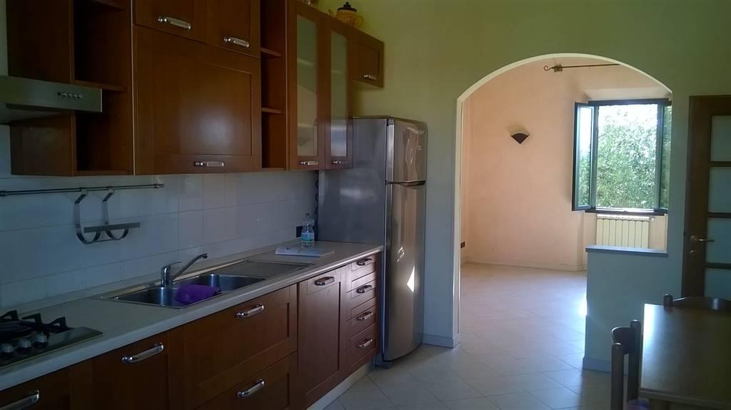 Soluzione Indipendente in vendita a Firenze, 5 locali, zona Località: CASTELLO, prezzo € 200.000   CambioCasa.it