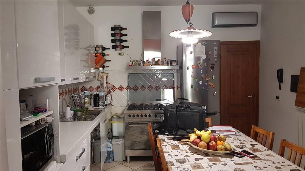 Soluzione Indipendente in vendita a Signa, 3 locali, prezzo € 150.000 | CambioCasa.it