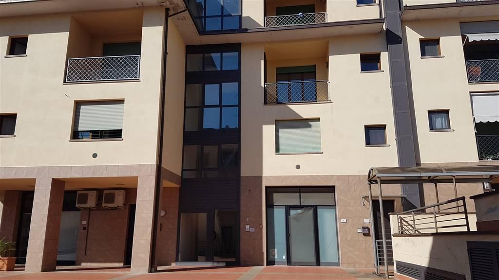 Appartamento in vendita a Capraia e Limite, 3 locali, zona Zona: Limite sull'Arno, prezzo € 124.000 | CambioCasa.it