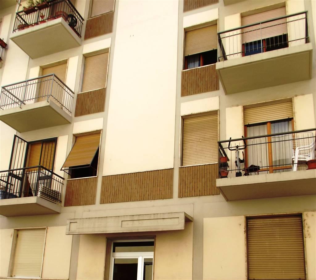 Appartamento in vendita a Lastra a Signa, 4 locali, prezzo € 200.000 | CambioCasa.it