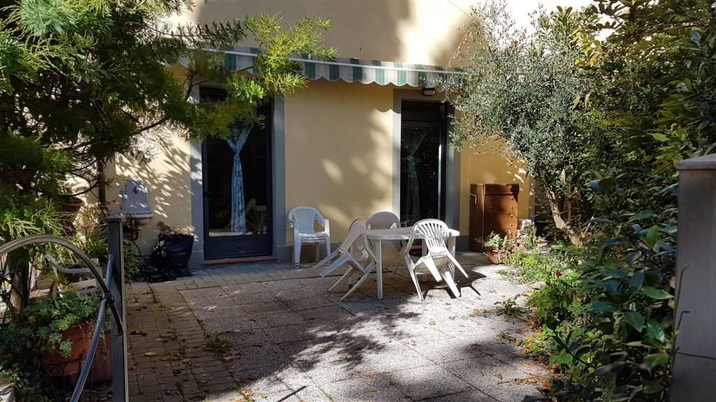 Soluzione Indipendente in vendita a Signa, 2 locali, prezzo € 145.000   CambioCasa.it