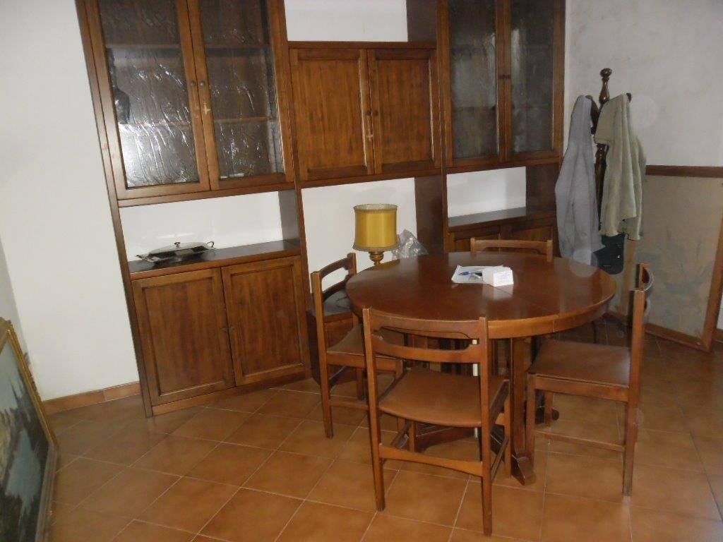 Soluzione Indipendente in vendita a Prato, 5 locali, zona Zona: Valentini, prezzo € 260.000 | CambioCasa.it