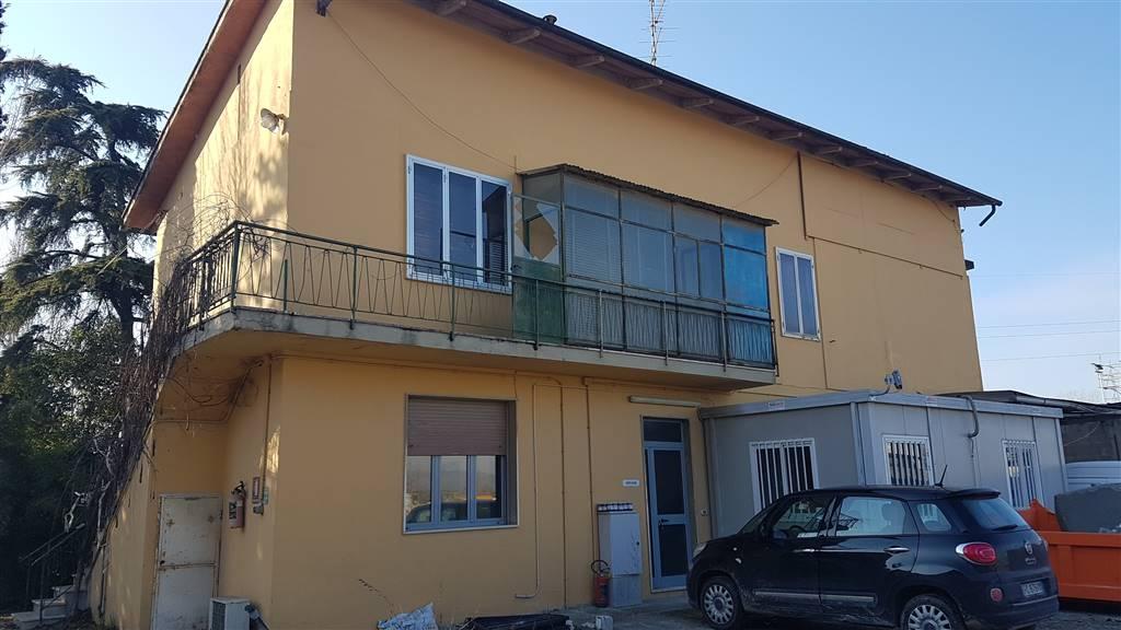 Palazzo / Stabile in vendita a Campi Bisenzio, 10 locali, zona Zona: San Donnino, Trattative riservate | CambioCasa.it