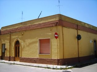 Soluzione Indipendente in vendita a Mesagne, 6 locali, zona Località: GRUTTI, prezzo € 105.000 | Cambio Casa.it