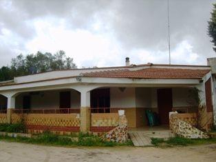 Villa in vendita a Mesagne, 8 locali, zona Località: VIA SAN VITO, prezzo € 130.000 | Cambio Casa.it