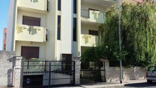Appartamento in vendita a Mesagne, 5 locali, Trattative riservate | CambioCasa.it