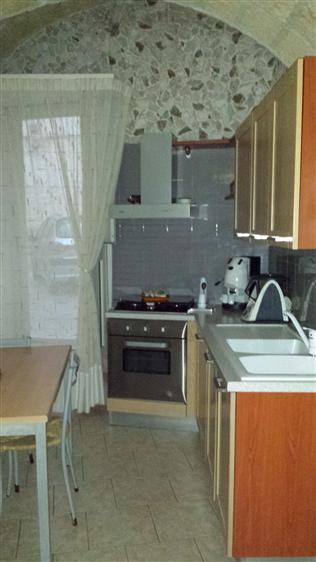 Soluzione Indipendente in vendita a Mesagne, 4 locali, zona Località: CENTRO STORICO, prezzo € 80.000 | Cambio Casa.it