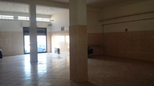 Immobile Commerciale in vendita a Mesagne, 1 locali, zona Località: CENTRO, prezzo € 220.000 | Cambio Casa.it