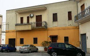 Laboratorio in vendita a Mesagne, 4 locali, zona Località: CENTRALE ELETTRICA, prezzo € 85.000 | Cambio Casa.it