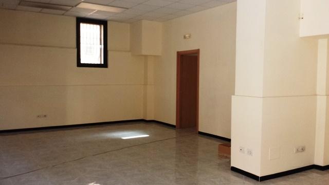 Attività / Licenza in affitto a Mesagne, 9999 locali, zona Località: CENTRO, prezzo € 650 | Cambio Casa.it