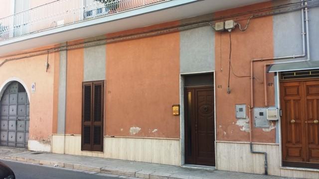 Soluzione Indipendente in vendita a Mesagne, 8 locali, zona Località: MATERDOMINI, prezzo € 125.000 | Cambio Casa.it
