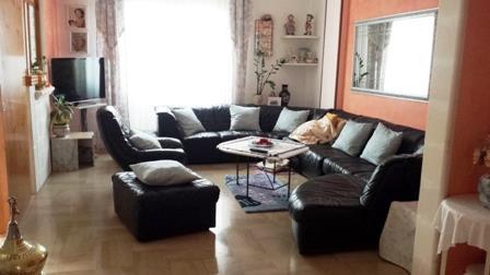 Appartamento in vendita a Mesagne, 8 locali, zona Località: CENTRO, prezzo € 109.000 | Cambio Casa.it