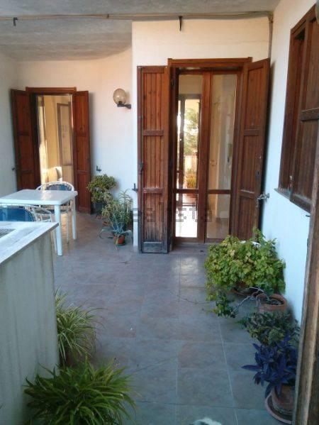 Appartamento in vendita a Mesagne, 8 locali, zona Località: SANT'ANTONIO, prezzo € 139.000 | CambioCasa.it