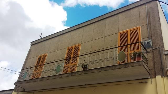 Soluzione Indipendente in vendita a Mesagne, 4 locali, zona Località: CENTRALE ELETTRICA, prezzo € 58.000 | Cambio Casa.it