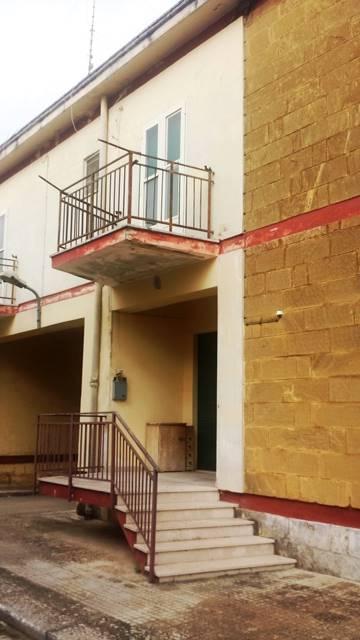 Soluzione Indipendente in vendita a Mesagne, 2 locali, zona Località: CAMPO SPORTIVO, prezzo € 70.000 | Cambio Casa.it