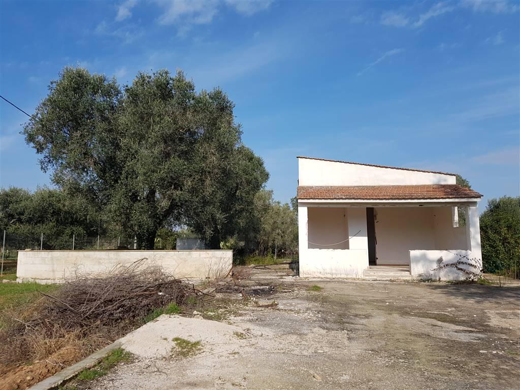 Villa in vendita a Mesagne, 3 locali, zona Località: C.DA ORFANI, prezzo € 98.000 | Cambio Casa.it