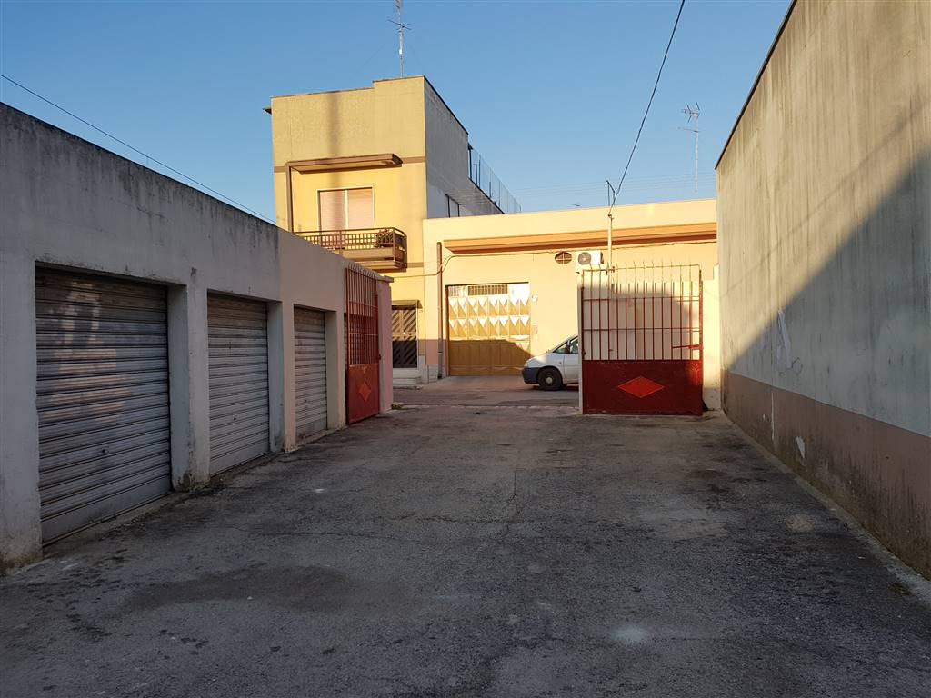 Box / Garage in vendita a Mesagne, 1 locali, zona Località: ZECCHINO, prezzo € 5.500 | CambioCasa.it