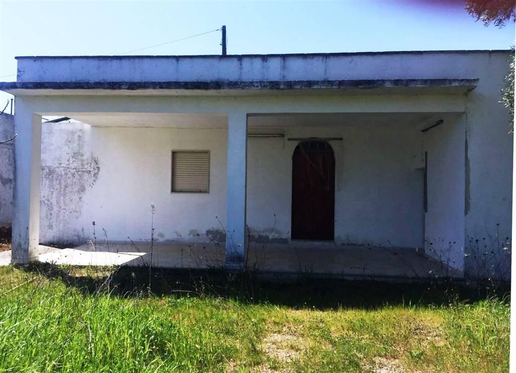 Villa in vendita a Mesagne, 4 locali, zona Località: C.DA ORFANI, prezzo € 92.000 | Cambio Casa.it