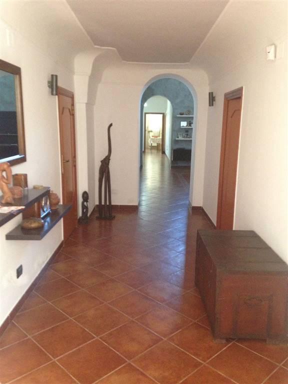 Soluzione Indipendente in vendita a Mesagne, 8 locali, zona Località: MATERDOMINI, prezzo € 145.000 | Cambio Casa.it