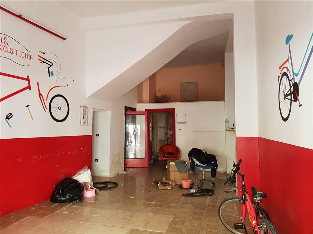 Laboratorio in vendita a Mesagne, 1 locali, zona Località: PORTA PICCOLA, prezzo € 30.000 | CambioCasa.it