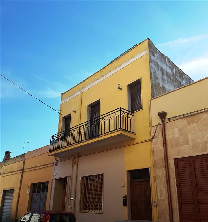 Soluzione Indipendente in vendita a Mesagne, 4 locali, zona Località: CENTRALE ELETTRICA, prezzo € 53.000 | CambioCasa.it